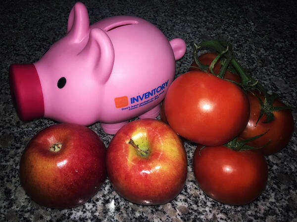The Z5 piggy bank compares apples to tomatoes.