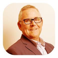 headshot of Mike Dealy, CFO